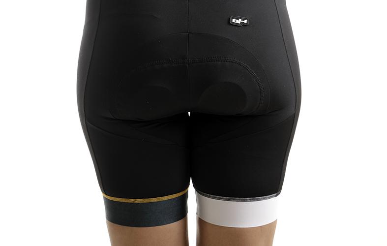 https://www.g4dimension.com/fr/cuissards-cyclisme-femme/526-mediterranee-short-cycliste-femme.html