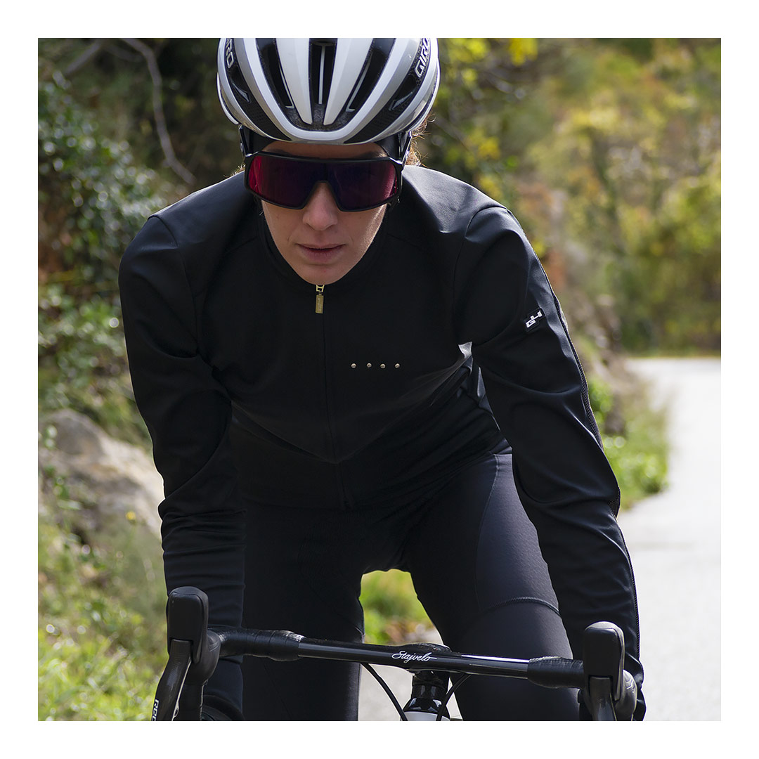 laurine-veste-cyclisme-supreme.jpg