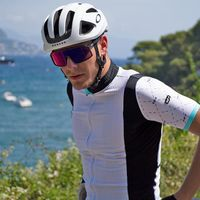 A L L U R E is a taste of the summer season and the summer G4 collection. G4 has imagined for you a limited and unique capsule collection with a powerful look and powerful name: ALLURE.  4 outfits available for men and 4 outfits for women!  #cycling #cyclingcollection #g4dimension #wewearG4 #cyclingsportswear #roadcycling #fromwhereiride #cyclingappareil #roadcyclist #ilovecycling #cyclingshots #cyclingpics #cyclingphoto #instacycling #cyclinglovers #cyclingculture #cyclingaddict