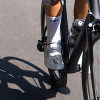 SOCKS are your identity ! • • • • Be different wear G4 new summer collection ! Polka socks , minimalist and fresh. Discover the collection.  #socks #cyclingsocks #cycling #cyclingcollection #g4dimension #kitfitcycling  #wewearG4 #cyclingsportswear #roadcycling #fromwhereiride #cyclingappareil #roadcyclist #cyclingshots #cyclingpics #cyclingphoto #instacycling #cyclinglovers #cyclingculture